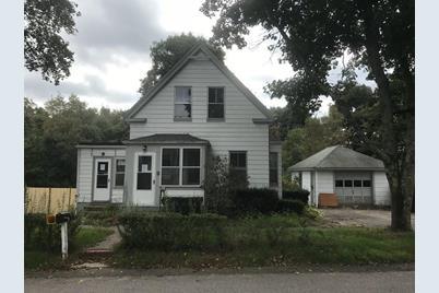 19 Wildwood Ave - Photo 1