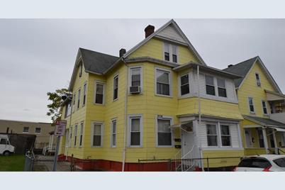 9-19 Loring Street - Photo 1