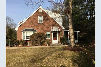 161 Erin Rd 161 Stoughton Ma 02072 Mls 72437203 Coldwell