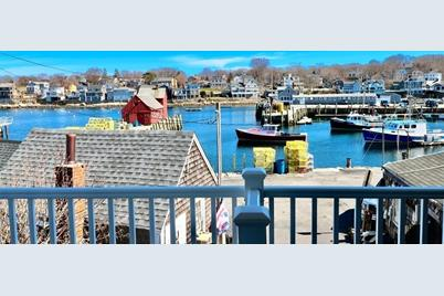 35 Bearskin Neck #A - Photo 1