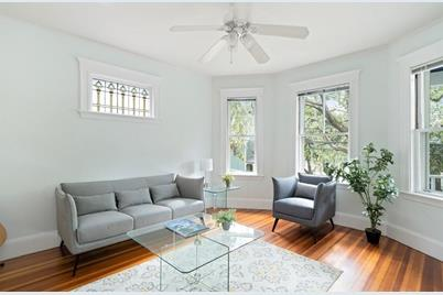 137 Westminster Ave #1 - Photo 1