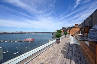 300 Pier 4 Blvd #PHN - Photo 1