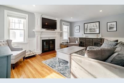 47 Harvard Street - Photo 1