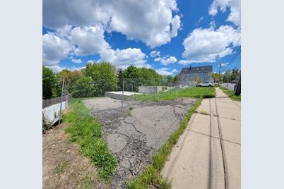 80 Warren Ave - Photo 1
