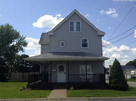 900 Speyer Ave - Photo 1