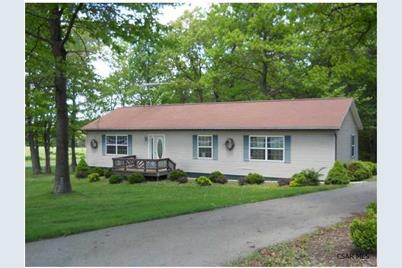 6108 Lincoln Hwy - Photo 1