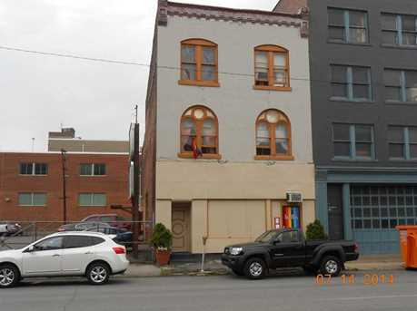 520 Washington St - Photo 1
