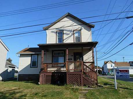 121 Mansfield Ave - Photo 1
