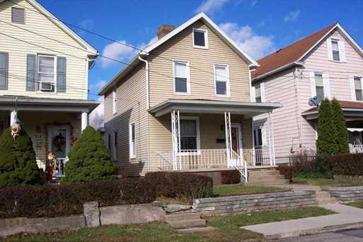 612 Howard St - Photo 1