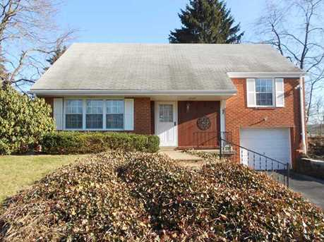 304 Bayberry Dr - Photo 1