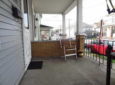 550 Grove Street - Photo 3