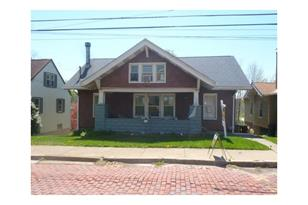 1630 Larch Ave. - Photo 1