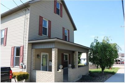 192 main st s mahoning plumville pa 16246 mls 1281261 coldwell banker coldwell banker