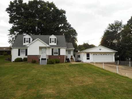 405 Elm Ave - Photo 1
