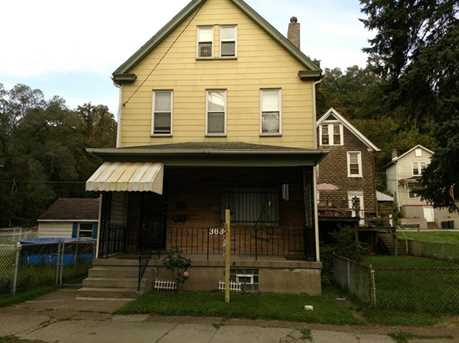 363 Larimer Ave - Photo 1