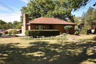 136 Meadowbrook Dr - Photo 1
