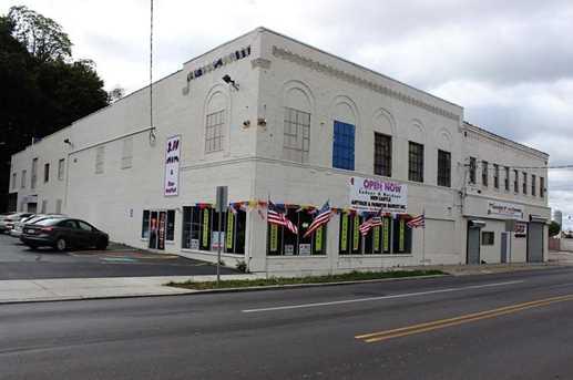 424 N Croton Ave - Photo 1