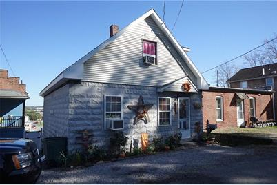 545 Kendall Ave - Photo 1