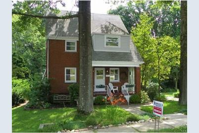 716 Westmoreland Avenue - Photo 1