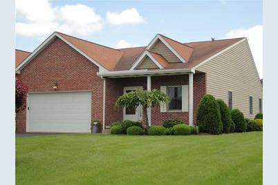 16 Manor Dr #16A - Photo 1