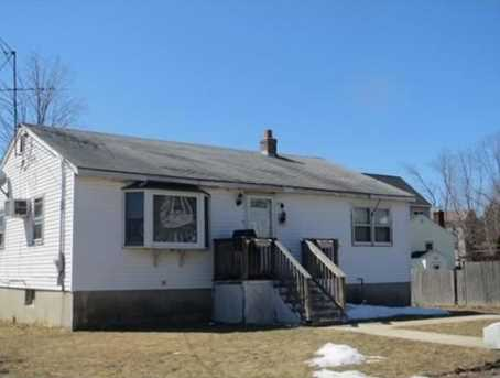 19 Young Ave - Photo 1