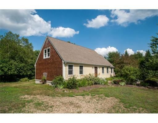 11 meadow upton ma 01568 mls 71712057 coldwell banker for Upton builders