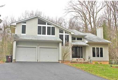 66 Whitaker Rd Westfield Ma 01085 Mls 71981795 Coldwell Banker
