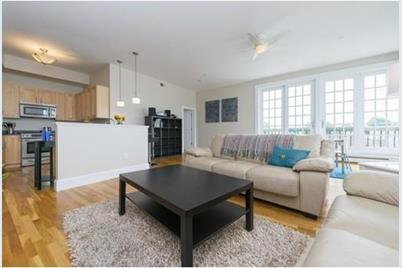 80 Webster Ave #3A - Photo 1