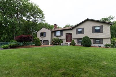 6 Sandspur Ln North Reading Ma 01864 Mls 72153170 Coldwell Banker