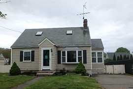 23 Pershing Ave, Beverly, MA 01915 - MLS 71725021 - Coldwell Banker