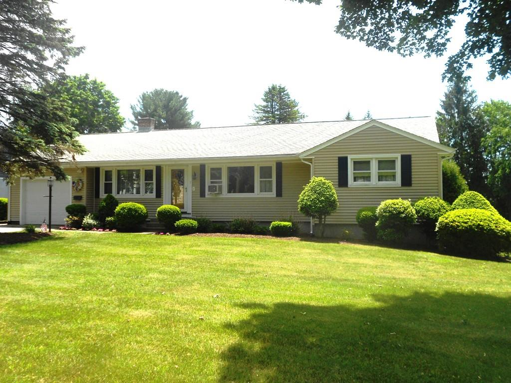 7 cross st grafton ma 01560 mls 72199374 coldwell banker for Grafton house