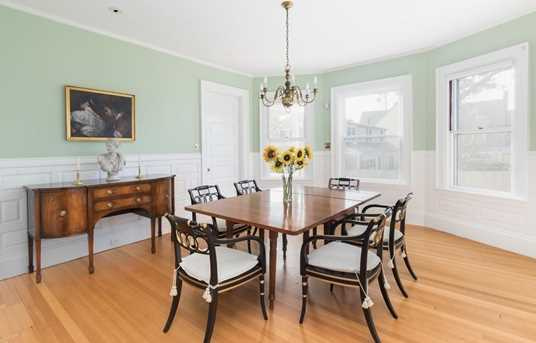 64 Russell Avenue - Photo 5