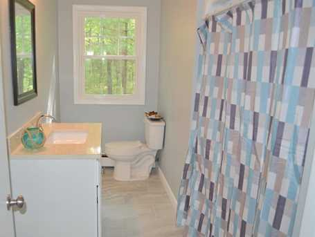 64 Howland Rd - Photo 11