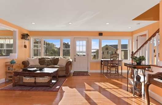 17 Fort Point Road - Photo 5