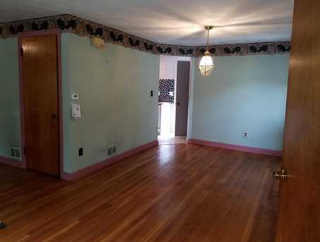 1015 Middle St - Photo 17