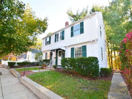 28 Woodbourne Rd - Photo 1