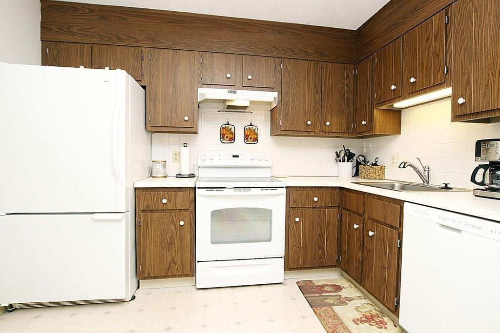 10 X 18 Kitchen Design