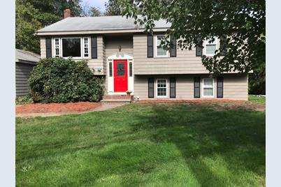 203 Park St North Reading Ma 01864 Mls 72405205 Coldwell