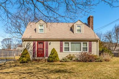 10 Red Rock Ln, Beverly, MA 01915