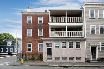 96 Derby Street #1, Salem, MA 01970