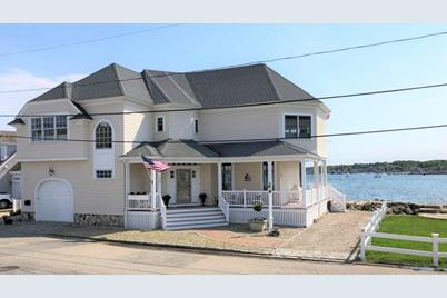54 Lighthouse Rd, Scituate, MA 02066