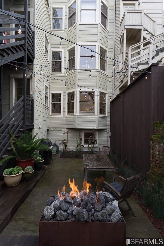 Additional photo for property listing at 3566 18th Street  SAN FRANCISCO, CALIFORNIA 94110