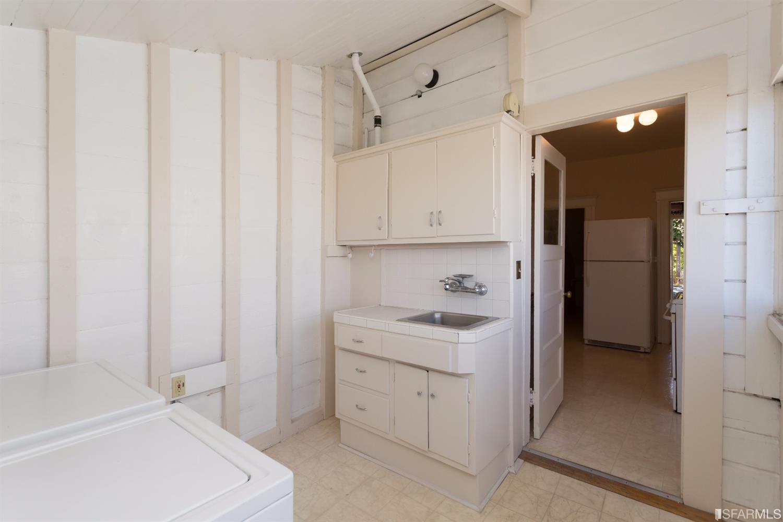 Additional photo for property listing at 523 Alvarado Street  SAN FRANCISCO, CALIFORNIA 94114