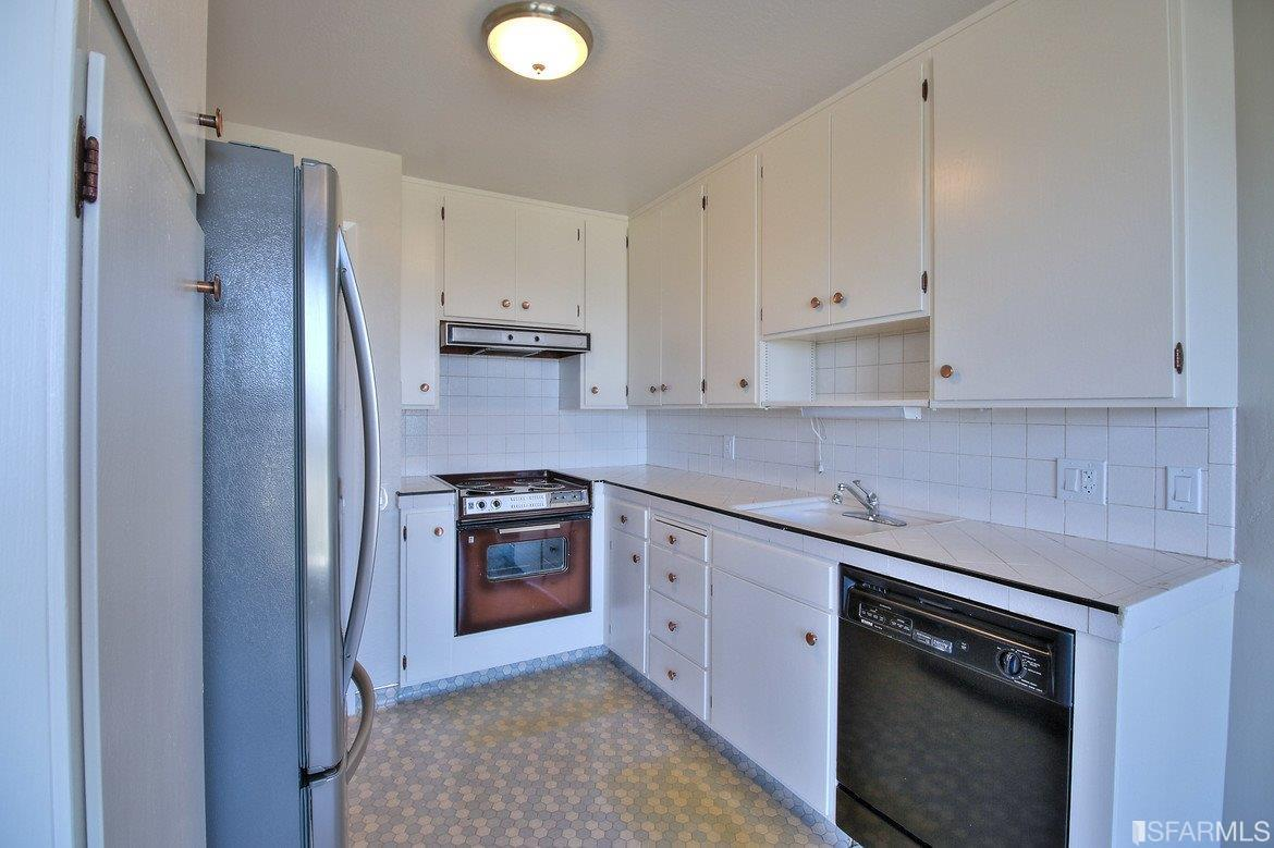 Additional photo for property listing at 42-44 Lower Terrace  SAN FRANCISCO, CALIFORNIA 94114