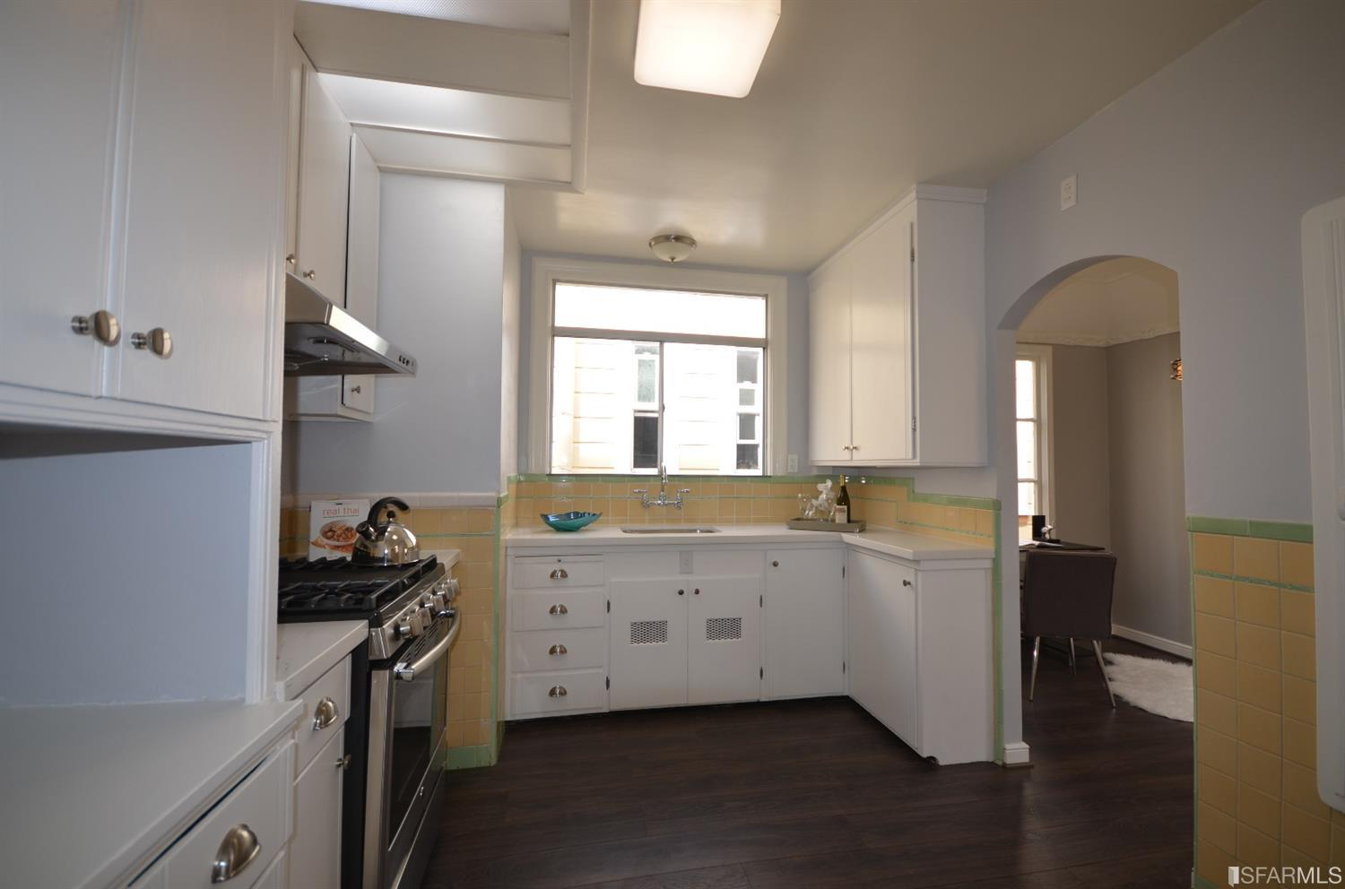 Additional photo for property listing at 2445 Lawton Street  SAN FRANCISCO, CALIFORNIA 94122