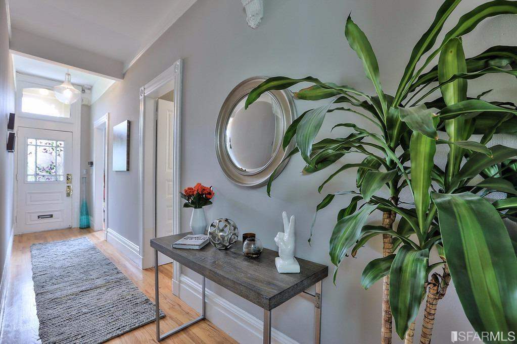Additional photo for property listing at 221 Steiner Street  SAN FRANCISCO, CALIFORNIA 94117