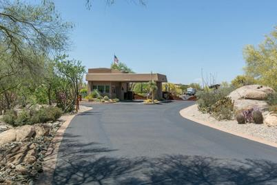 8300 E Dixileta Drive - Photo 1