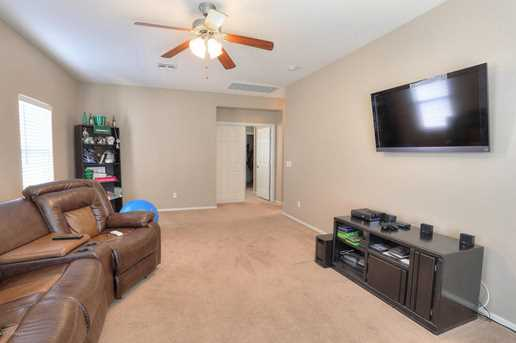 31049 N Karen Avenue - Photo 27