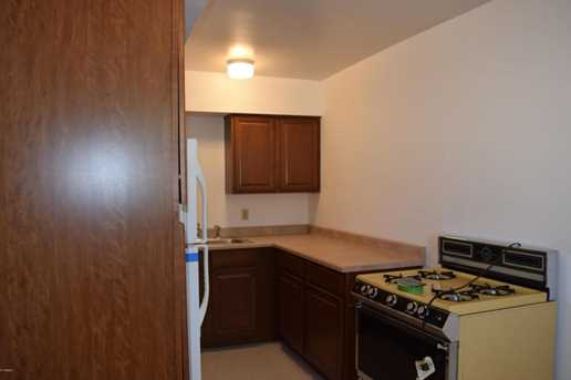 13841 N 8th Place - Photo 5