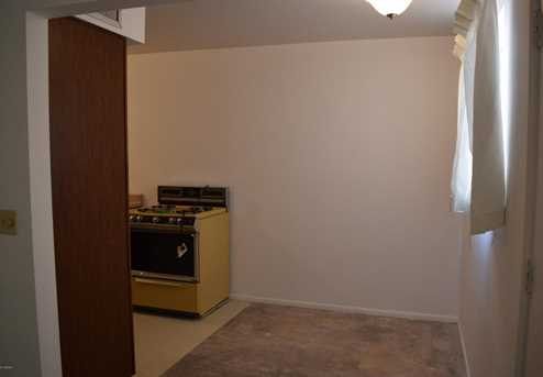 13841 N 8th Place - Photo 7